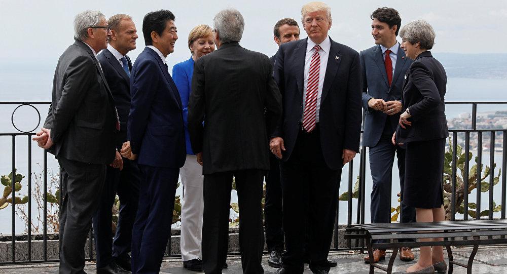 Trump jobbról előzi a valóságot