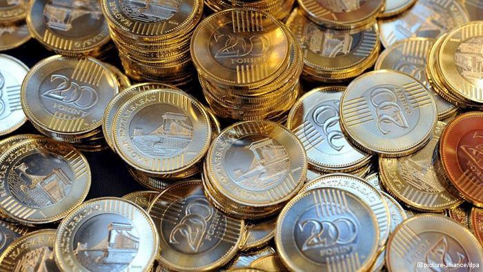 10 meglepetés 2019-re – 8.rész: 310 alá erősödik a forint az euróval szemben